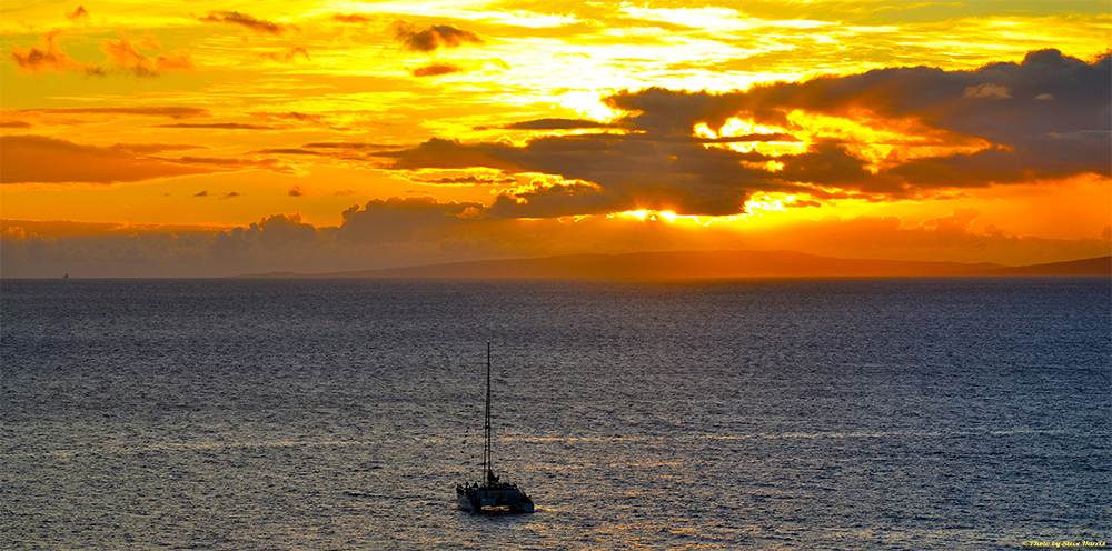 Lahaina Sunset Cocktail Sail - Adults Only (21+)